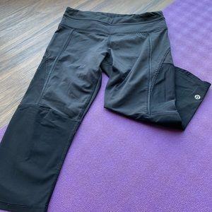 Lululemon Mesh Capri Yoga Pants